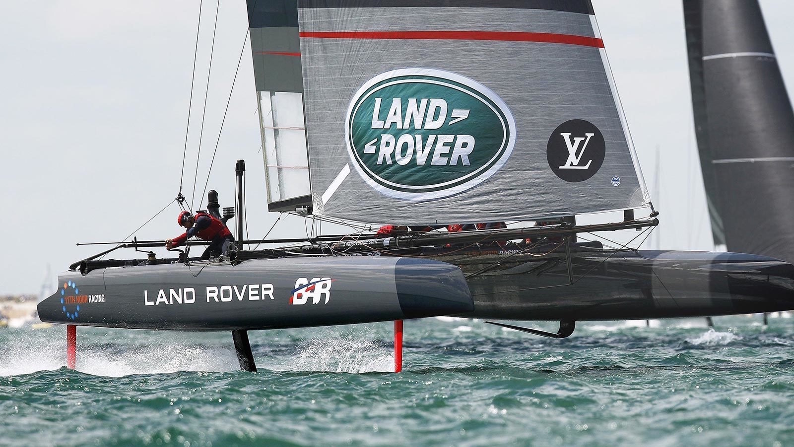 Land Rover BAR Yacht