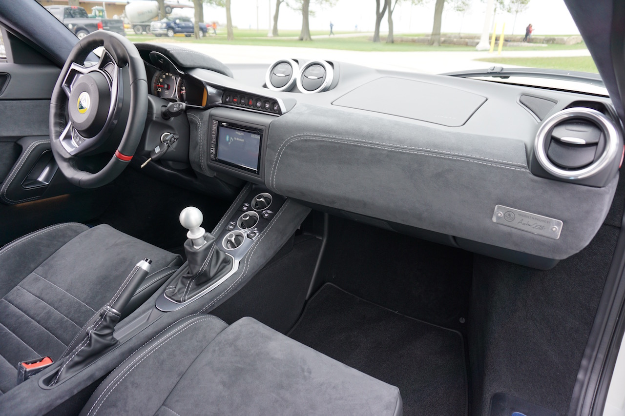 Lotus Evora 400 Dash