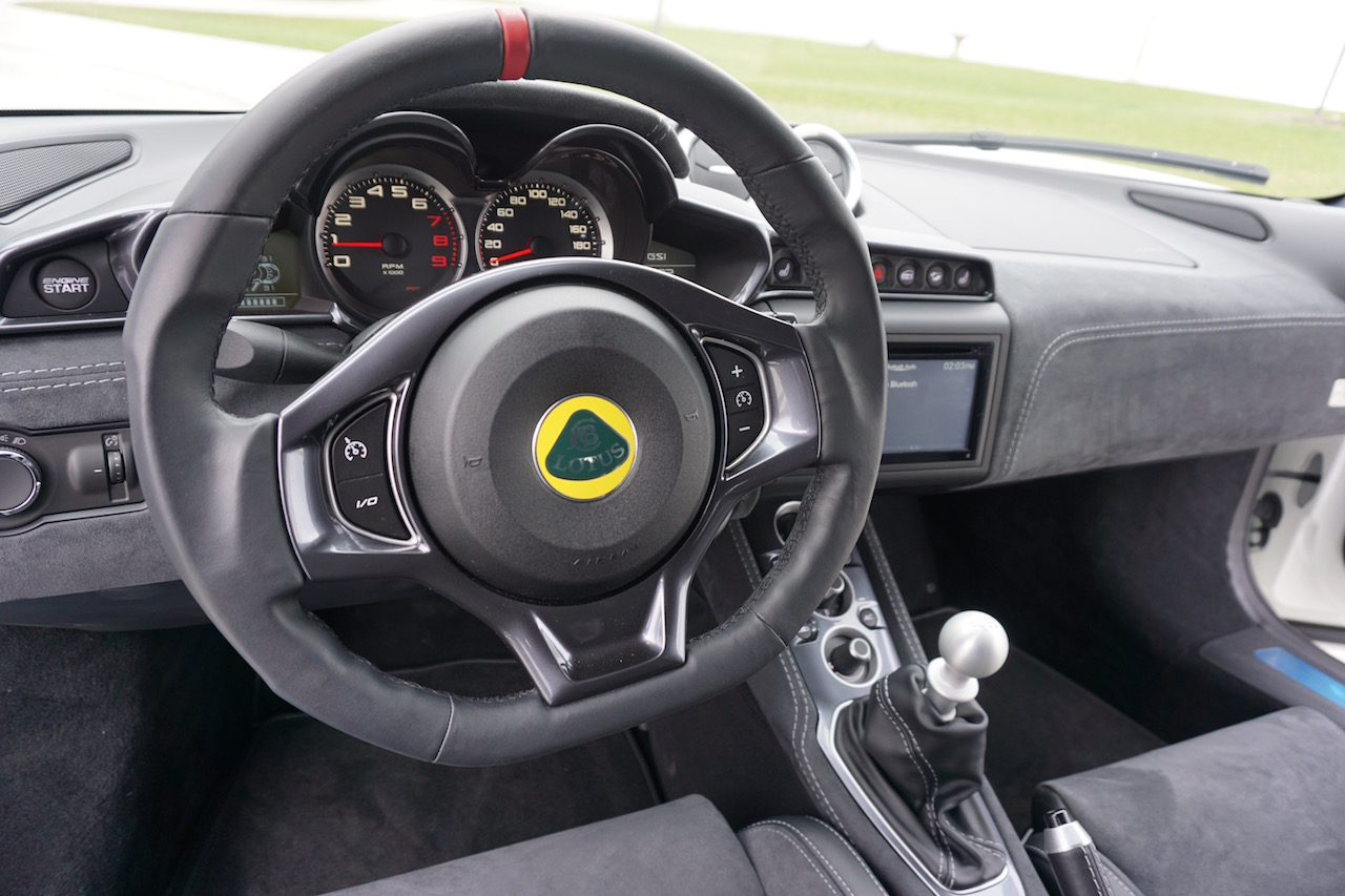 Lotus Evora 400 Driver's View