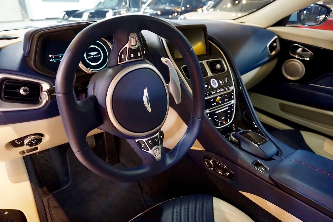 DB11 Dashboard