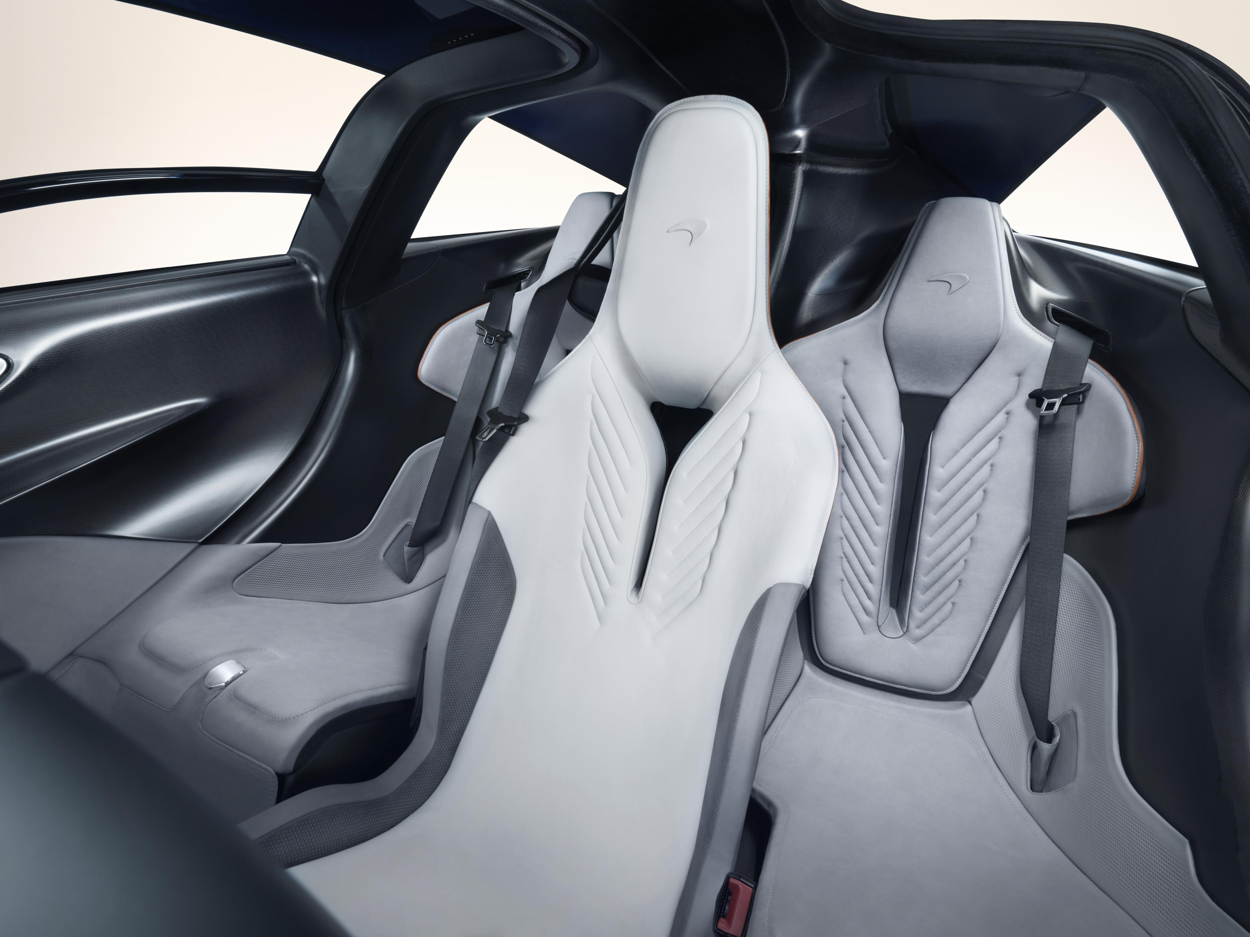 McLaren Speedtail 3-Seats