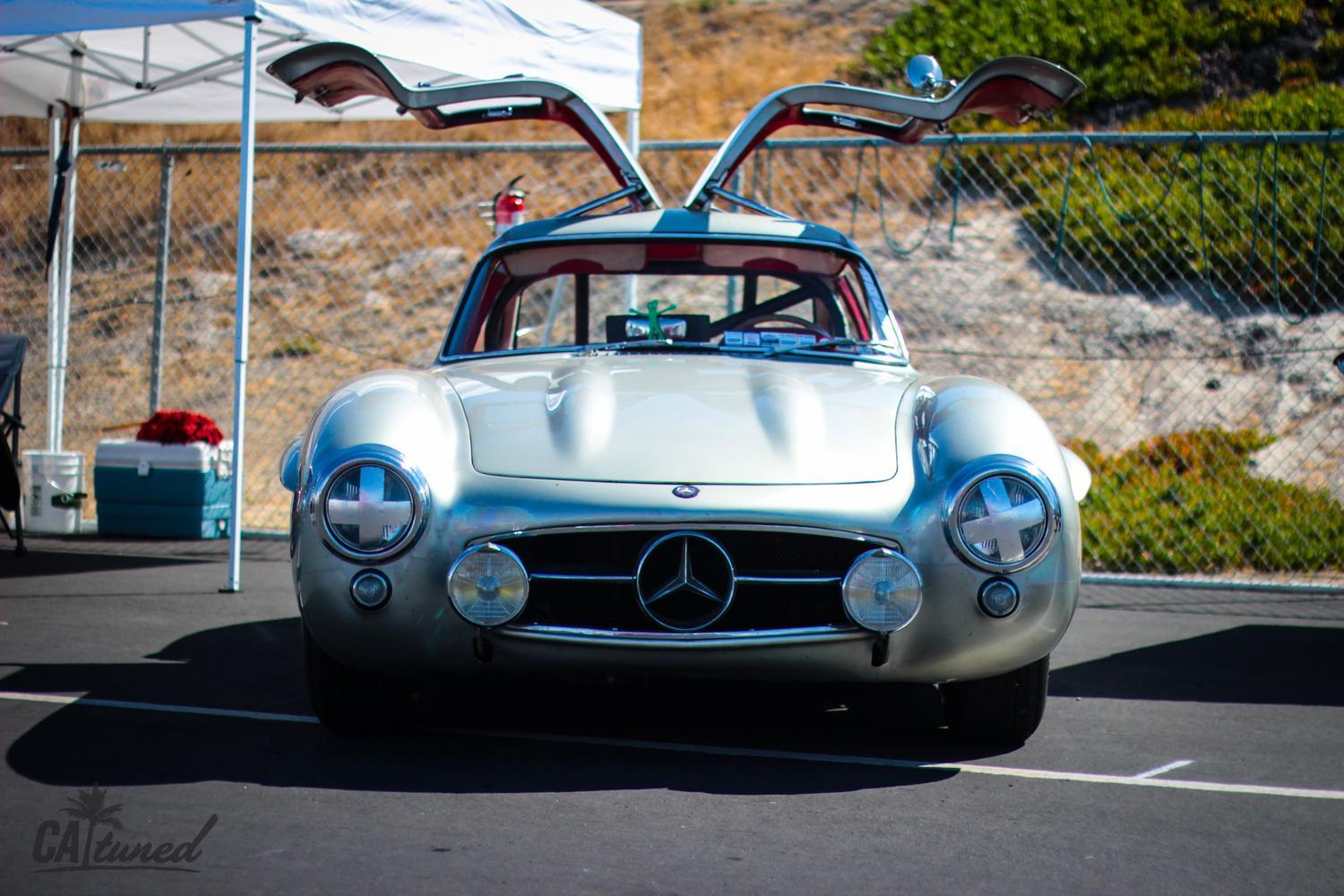 Gullwing at Laguna Seca